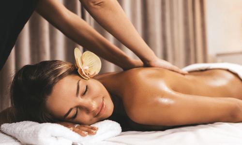 Apprendre les massages en soins esthétiques
